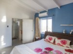 klein3.masterbedroom met badkamer